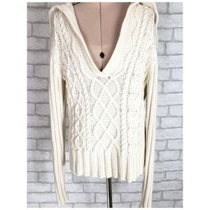 Gap Cable Knit V-neck Sweater With Back Flap Small